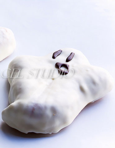 Casper-The-Dog-Friendly-Ghost-Cake-OrigWM